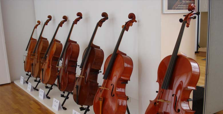 Geigentage-Cello-Ausstellung