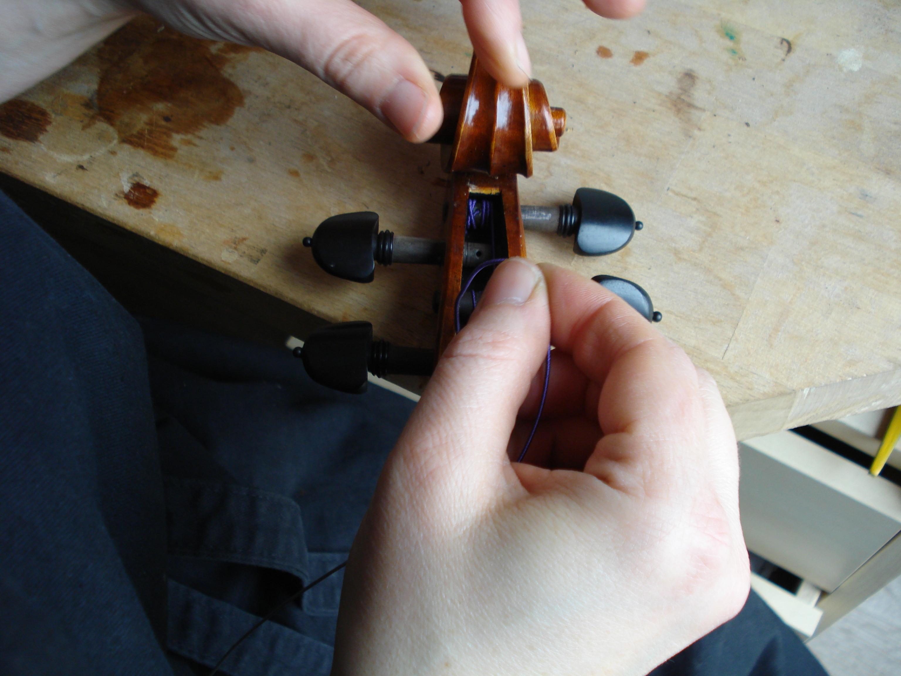 Geige-Wirbel-Saite