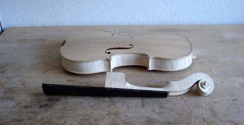 Geige-Korpus-und-Hals